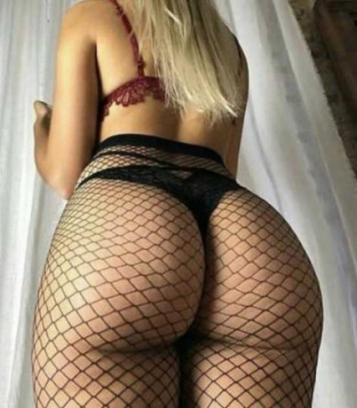 exotic-blond-bombshell-available-for-outcall-or-car-play-big-2